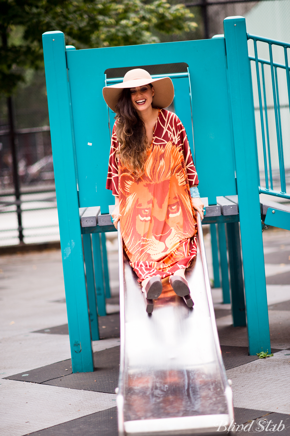 Streetstyle-Vintage-Maxi-Dress-Floppy-Hat