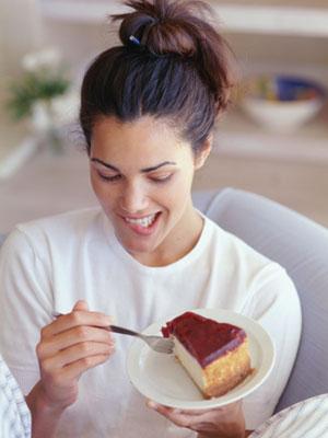 Woman-Cake-Smile-Photo
