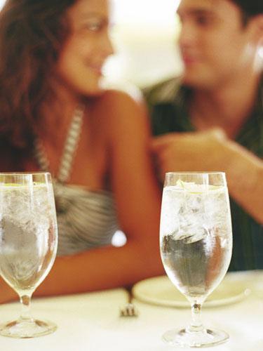 Woman-Date-Diet-Wine-Man