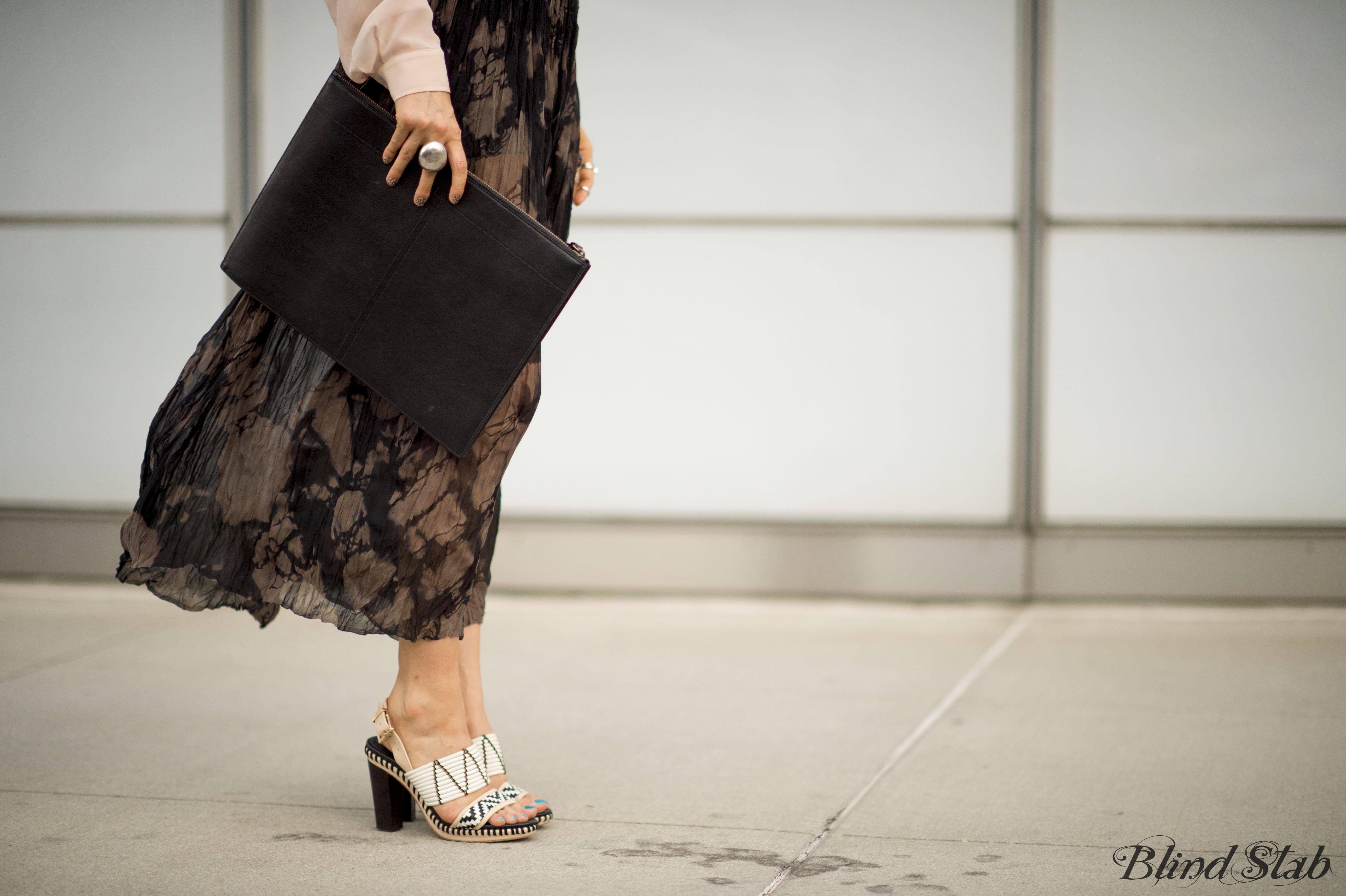 Tie-Dye-Street-Style-Blogger