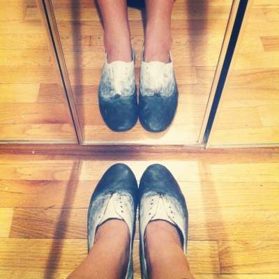 Oxfords-DIY-Ballet-Flats-Painting