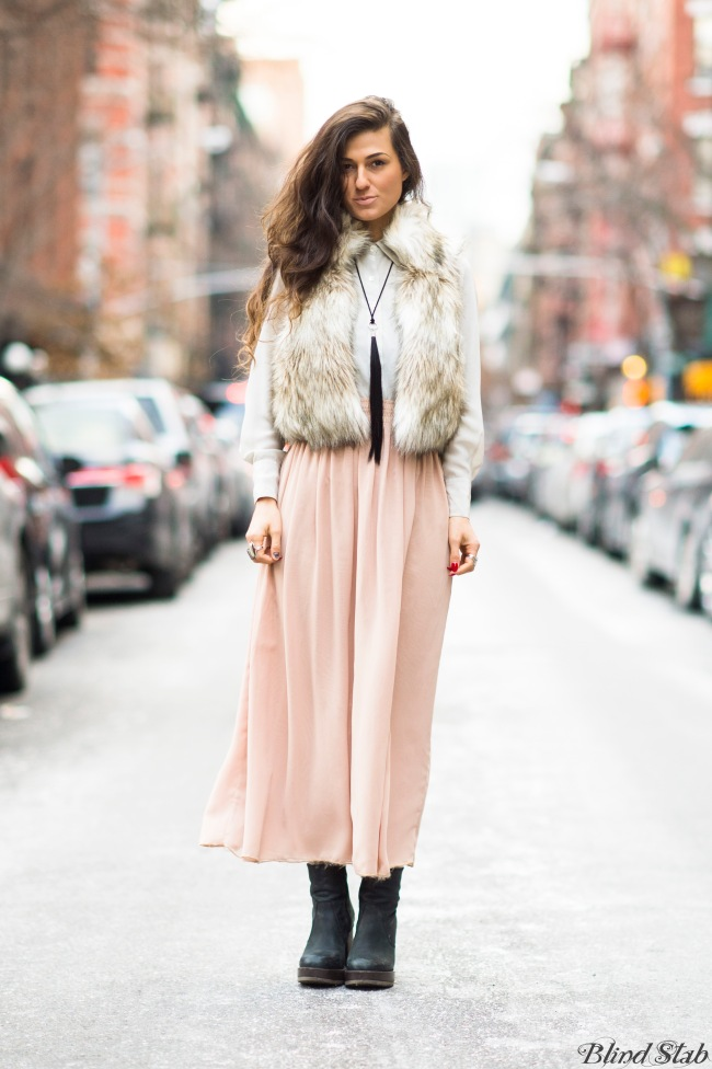 New-York-Street-Style-Faux-Fur-Vest-Maxi-Skirt