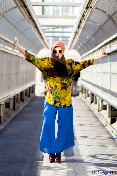 Funny NYC New York Girl Blogger Street Style Colorful Outfit