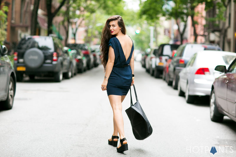 Jessica Choay Clothing Curvy Healthy Woman Long Hair Street Style