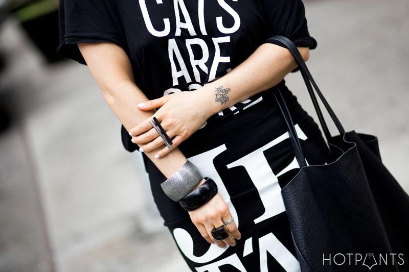 Curvy Healthy Woman Cat Eye Sunglasses New York City NYC Streetstyle